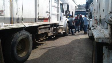 Photo of Trabajadores detienen servicio de recolección de basura