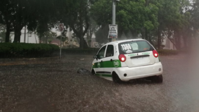 Photo of Lluvia deja inundadas calles en Xalapa