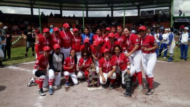 Photo of Con un bate logran tercer lugar nacional femenil