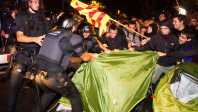 Photo of Tercera noche de protestas en Cataluña deja 200 heridos