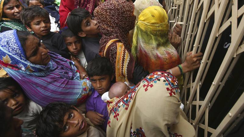 Photo of Pediatra infecta con VIH a 900 niños en Pakistán