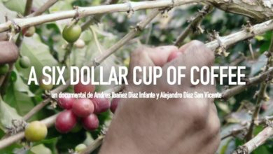 "Photo of Documental ""Six dollar cup of coffee"" debate sobre el café de México"