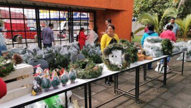 Photo of Realizan venta anual de Coronas y Pinos en beneficio de la comunidad de El Conejo