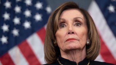 Photo of Busca Pelosi limitar poder militar de Trump