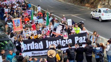 Photo of Marcha por la Paz comienza a reunirse en Estela de Luz