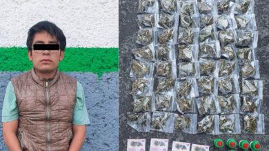 Photo of Detienen a tres jóvenes por vender dulces de tamarindo con marihuana