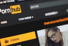 Photo of Sordomudo demanda Pornhub por no incluir subtítulos