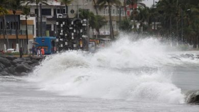 Photo of Cierran puerto y playas; esperan vientos de hasta 125 km/h
