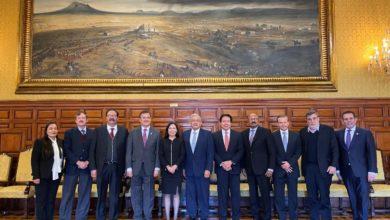 Photo of Se reúne AMLO con la líder de la Cámara de Diputados