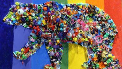 Photo of Artista Ernesto Garibay transforma plástico en juguetes