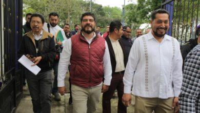 Photo of Maestros respaldan trabajo de Zenyazen Escobar