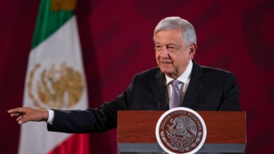 Photo of AMLO invita a funcionarios bajarse el sueldo