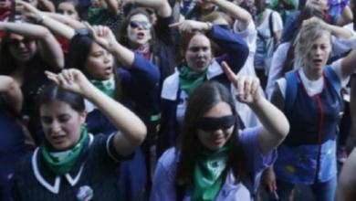 Photo of Les prohibieron ensayar 'Un violador en tu camino'