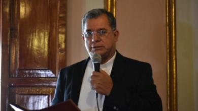 Photo of Podría iglesia católica suspender misas y encuentros masivos: Suazo
