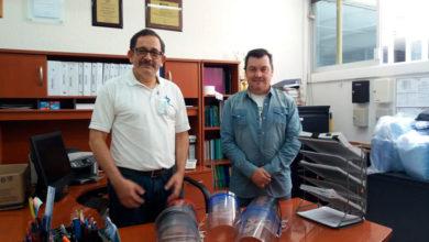 Photo of También en Xalapa, UV produjo y entregó caretas protectoras para residentes