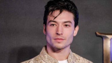 Photo of Ezra Miller ¡Ahorca a una fan!