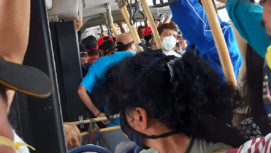 Photo of Obsequian cubrebocas a conductores del transporte para uso obligatorio