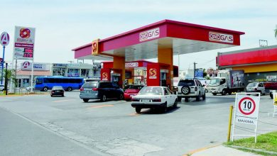 Photo of Oxxo Gas dona 30 mil litros de combustible a Cruz Roja