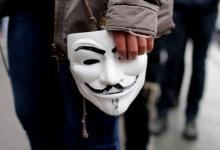 Photo of Anonymous amenaza con exponer la red de corrupción policial en EUA
