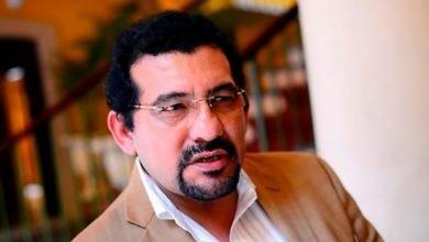 Photo of ¡Negocios no esenciales deben continuar cerrados!; advierte economista