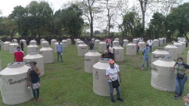 """Photo of A través del programa """"Almacena tu agua"""", familias reciben tinacos"""