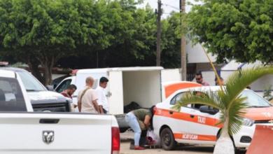 Photo of Abandonan taxi con restos humanos frente a SSP en Veracruz