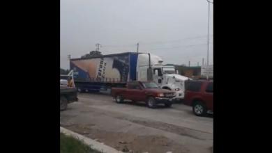 Photo of Así recibieron los camiones de cerveza en Tamaulipas