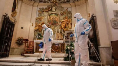 Photo of Roma desinfecta iglesias católicas para reanudar misas