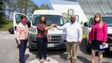Photo of Entrega SEGOB de Veracruz vehículos adaptados a municipios del Papaloapan