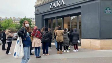 Photo of Parisinos abarrotan Zara en su primer día sin cuarentena