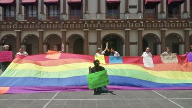 Photo of Protesta comunidad gay para exigir políticas incluyentes