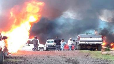 Photo of Incendian patrullas en Michoacán tras presunto asesinato de joven