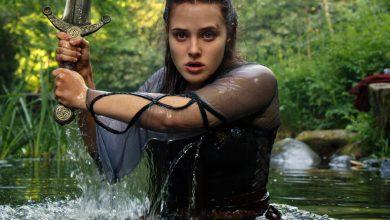 Photo of De qué trata 'Maldita', nueva serie de Netflix que recrea el mito del rey Arturo