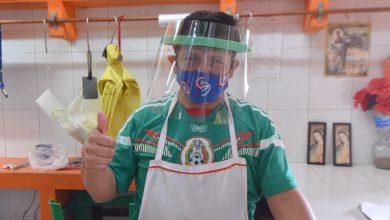 Photo of Continúa la entrega de caretas protectoras en mercados de Xalapa