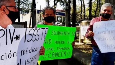 Photo of Jubilados protestan por carencias en el ISSSTE; les han negado atención