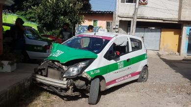 Photo of Posible taxi robado es abandonado en Xalapa