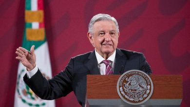 Photo of AMLO reitera espaldarazo a López Gatell