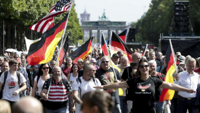 Photo of Miles protestan en Alemania contra restricciones por Covid-19