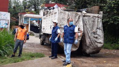 Photo of Recolectan tonelada y media de cacharros para combatir al dengue