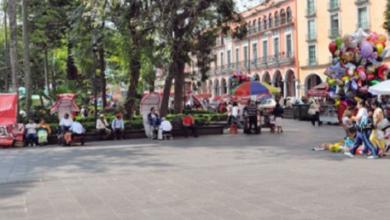 Photo of Vendedores del parque Juárez, han sido apoyados con despensas, aseguran