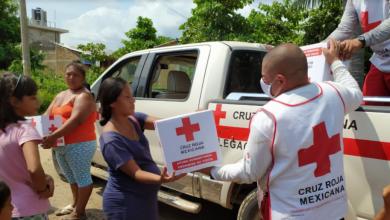 """Photo of Cruz Roja Mexicana entrega 40 toneladas de ayuda a afectados por """"Hernán"""""""