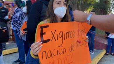 Photo of Egresados de escuelas normales exigen plazas