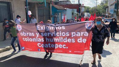 Photo of Marchan antorchistas en Coatepec; denuncian que Alcalde promete y no cumple