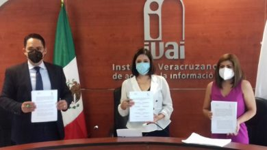 Photo of IVAI firma convenio para enseñar transparencia en primaria