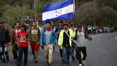 Photo of Bloquean y retornan caravana migrante en Guatemala