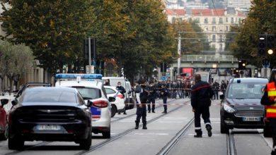 Photo of Vuelve el terrorismo a Francia; matan a tres con cuchillo en Niza