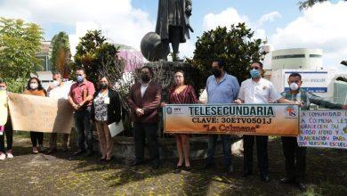 Photo of Entrega SEV 50 claves oficiales a escuelas públicas y privadas