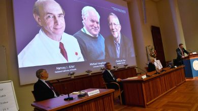 Photo of Nobel de Medicina a virólogos por descubrir el virus de la hepatitis C