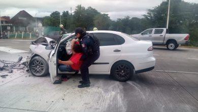 Photo of SSP rescata a dos personas de auto incendiado