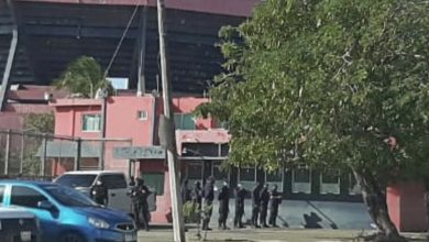 Photo of Operativo policíaco  sorprende en el Luis «Pirata» Fuente